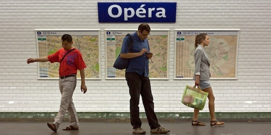 How to Buy Paris Metro Tickets