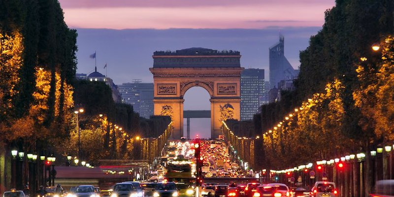 Full-Day City Tour + Eiffel Tower Lunch + River Cruise