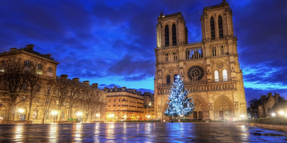 Notre Dame at Christmas, pre-Covid