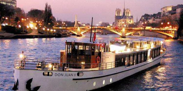 Bastille Day Dinner Cruise on the Seine