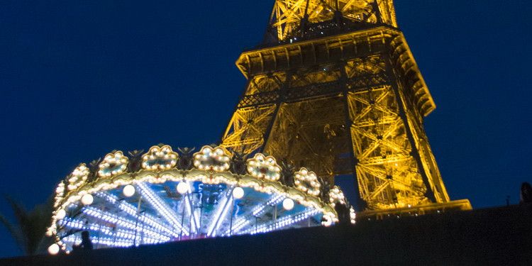 City Illuminations Tour + River Cruise + Eiffel Tower