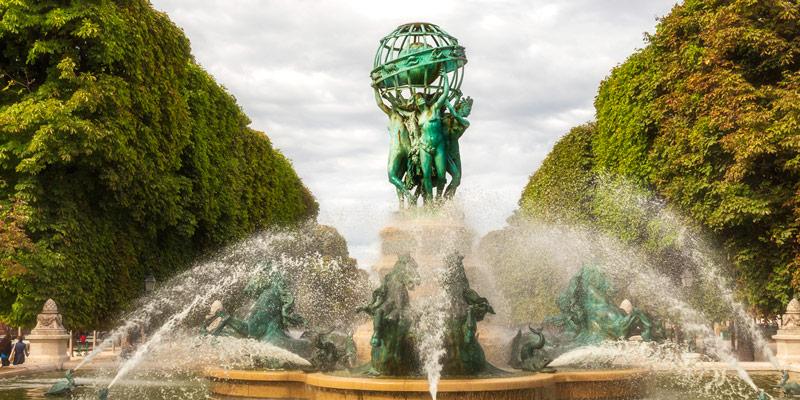 Fontaine de l'Observatoire, photo by Mark Craft