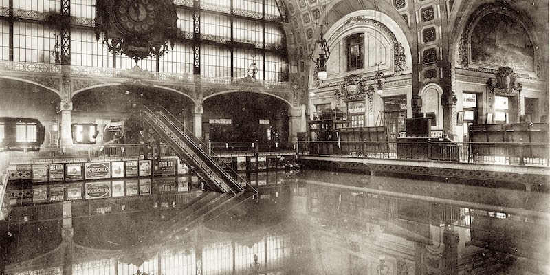 Flood waters inside Gare d'Orsay, 1910