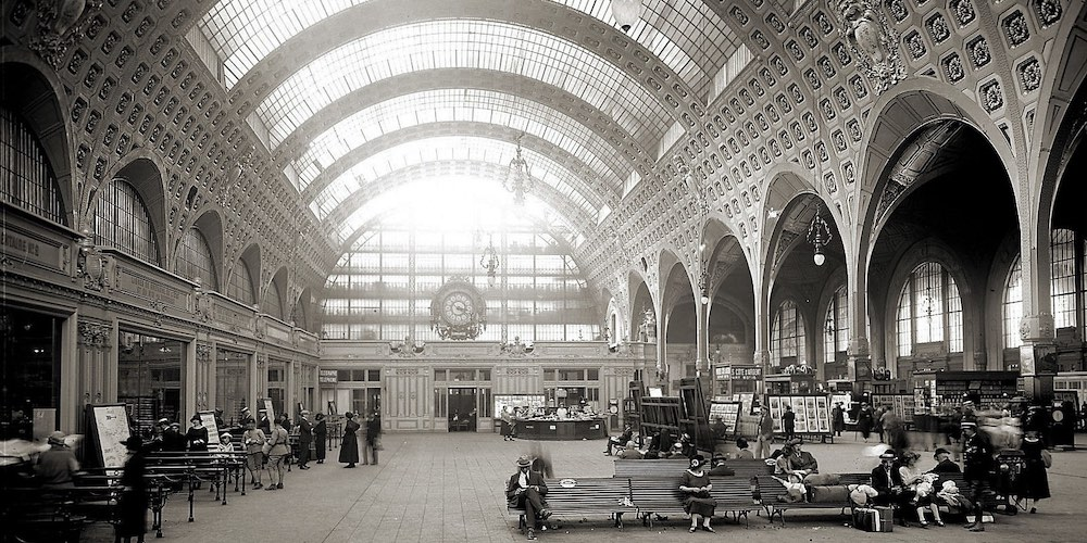 The grand hall at Gare d'Orsay in the 1920s