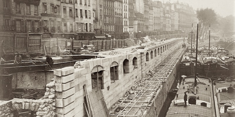 Construction of the tracks to Gare d'Orsay along the Left Bank, 1899