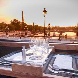 Gourmet Bus Tour of Paris
