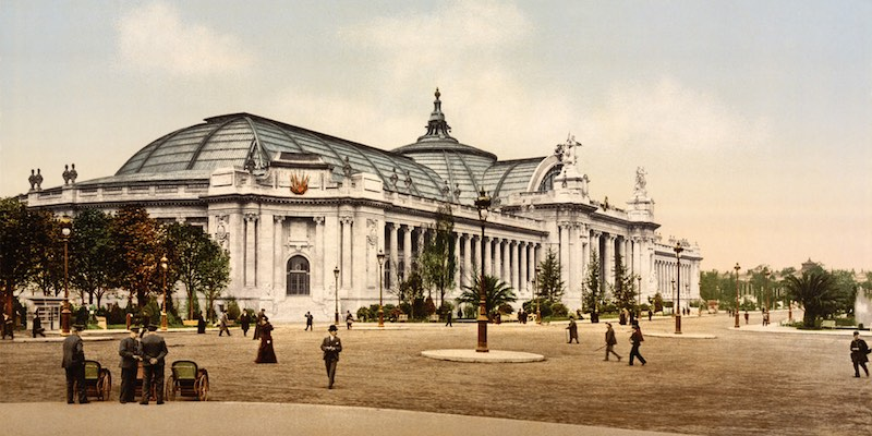 Grand Palais 1900 colorized photo