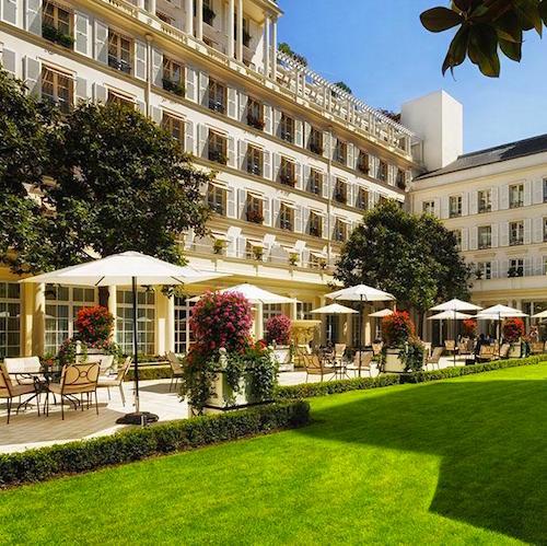 Hotel Bristol courtyard
