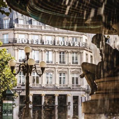 Hotel du Louvre Exterior