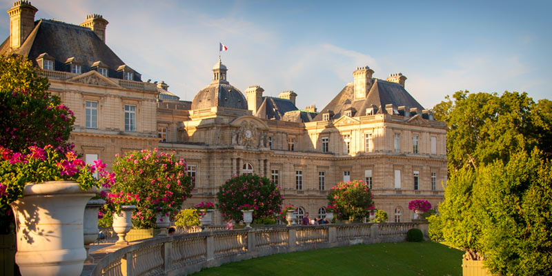 Senate Building, Jardin du Luxembourg, photo by Mark Craft