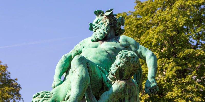 10 Epic Sculptures of Jardin du Luxembourg