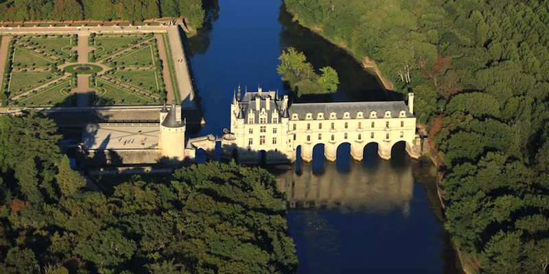 Loire Valley Châteaux & Wine-Tasting Day Trip