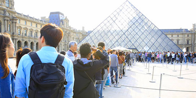 Line-ups at the Louvre