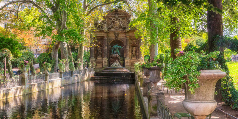 Medici Fountain, photo by Mark Craft