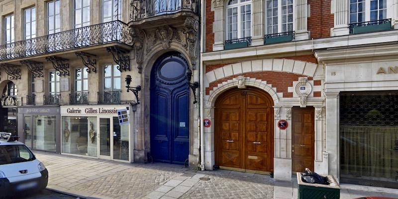 Narrowest Building in Paris