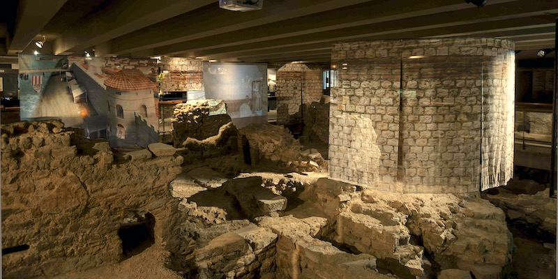Archaeological Crypt of Notre Dame