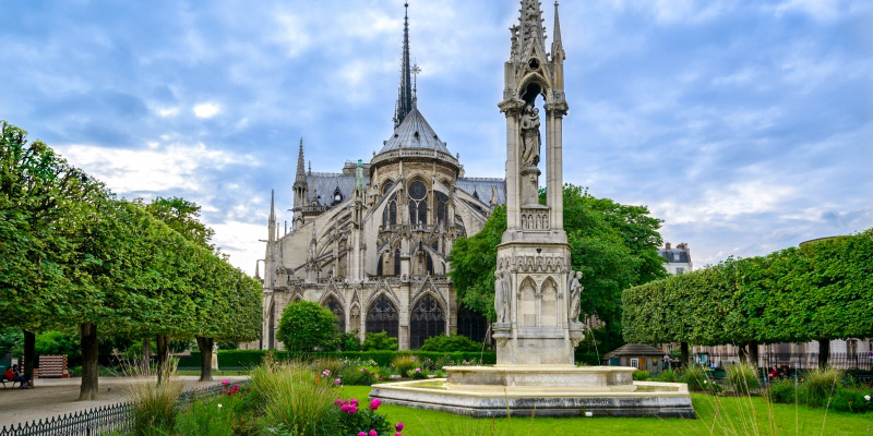 The Gardens of Notre Dame