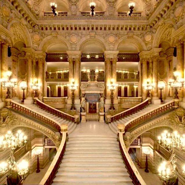 Performances at Palais Garnier