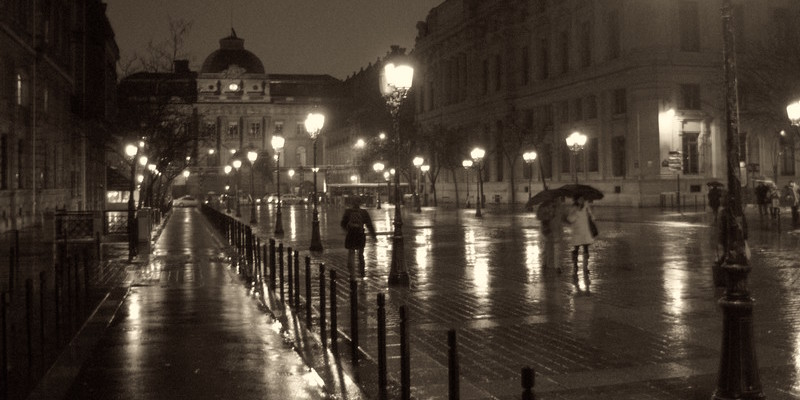 Night Walking Tour of Paris