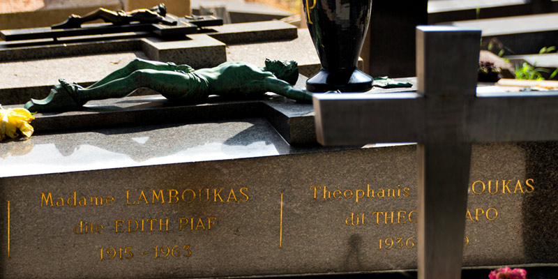 Grave of Edith Piaf, photo by Mark Craft