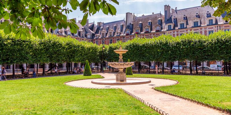 Place des Vosges, photo by Mark Craft