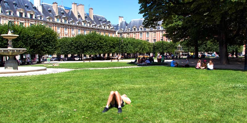 Place des Vosges, photo by Mark Craft