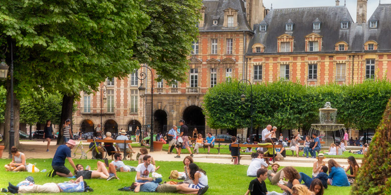 Place Royale AKA Place des Vosges, photo by Mark Craft