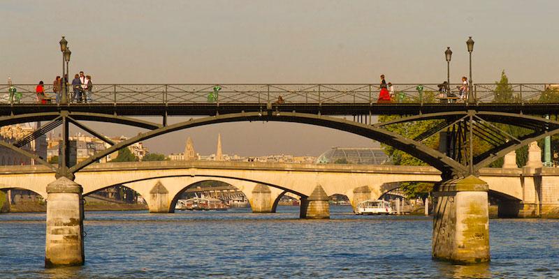 Our Guide To The Bridges Of Paris