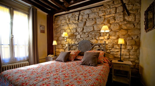 Romantic Paris Hotels de la Tulipe
