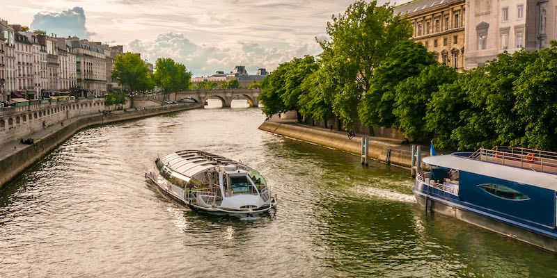 Cruise Down the Seine River