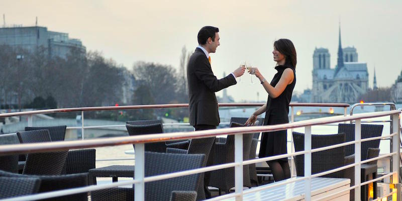 Romantic Dinner Cruise on the Seine