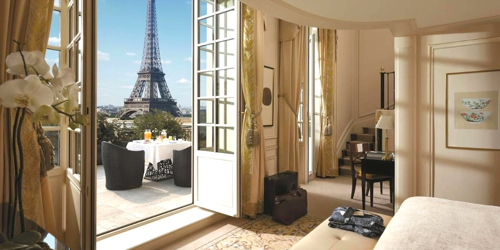 Honeymoon Hotels in Paris