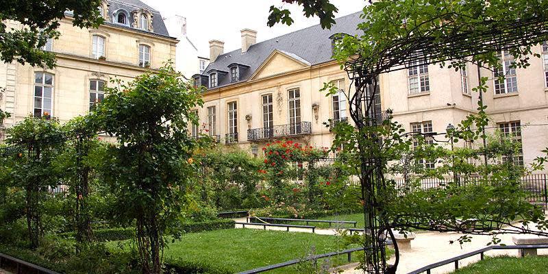 Square Saint-Gilles-du-Grand-Veneur