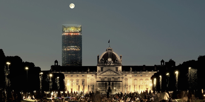 Tour Montparnasse renovation, seen from Champ de Mars