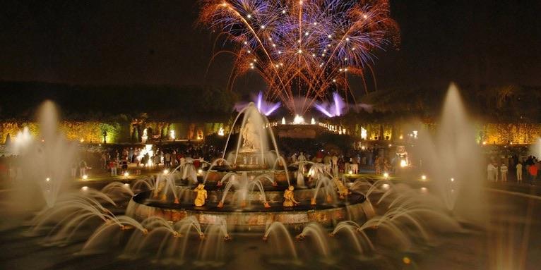Versailles Fountains Night Show