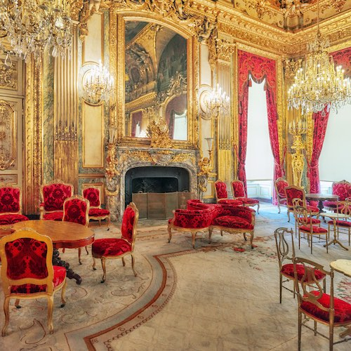 Small-Group Day Trip to Versailles