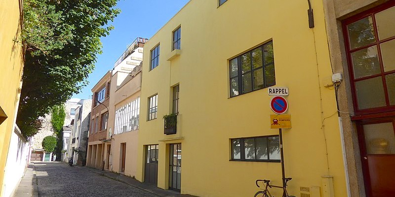 Villa Seurat, Wikimedia Commons, photo by VVVCFFrance