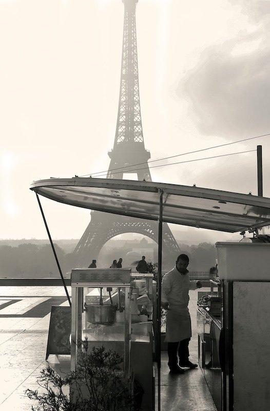 Food Vendor at Trocadero, 2007