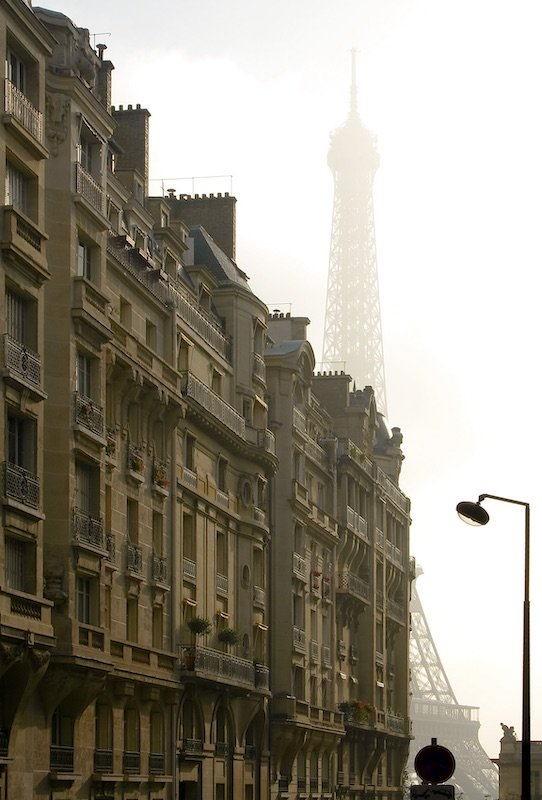 Foggy Morning on Avenue de Camoens, 16th Arrondissement, 2007