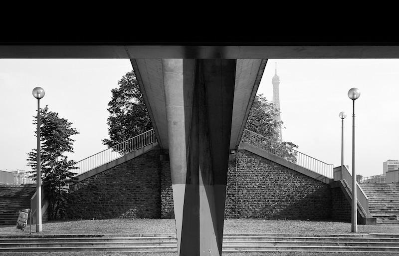 Beneath Pont de Grenelle, 2007