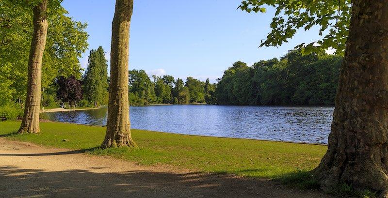 Lake at Bois de Vincennes