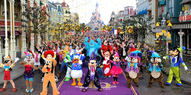 Disneyland Tickets & Transportation With 4 Paris Stops