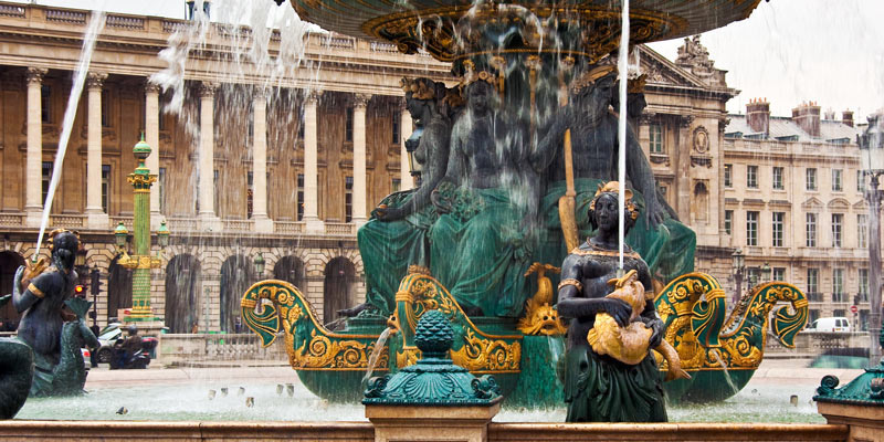 Fountain Place de la Concorde, photo by Mark Craft