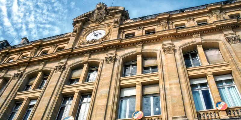 The clock on Gare Saint-Lazare, photo by Mark Craft