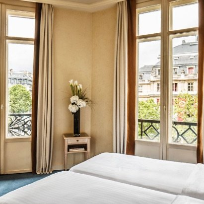 All About Hotel du Louvre in Paris