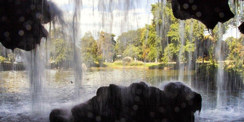 Waterfalls of Paris, photo by Mark Craft