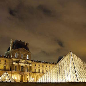 Evening Louvre Tour and Wine Tasting