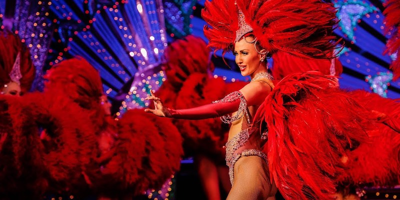 Moulin Rouge Dinner, Show & Hotel Pickup