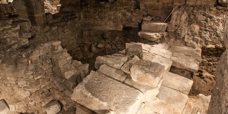 Archeological Crypt, photo by Mark Craft