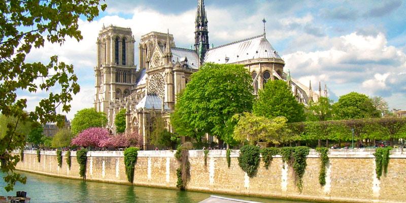 Paris Through the Year